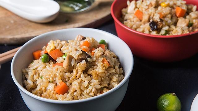 Жареный рис с грибами - пошаговый рецепт