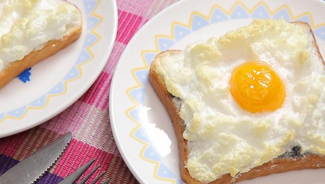 Тост с яйцом - пошаговый рецепт