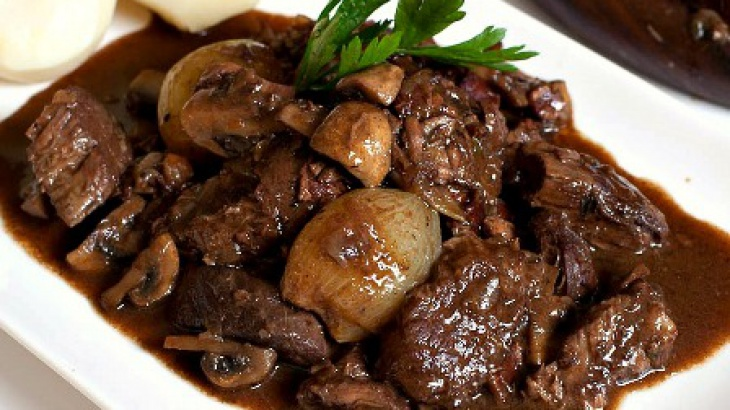 Говядина по-бургундски - пошаговый рецепт