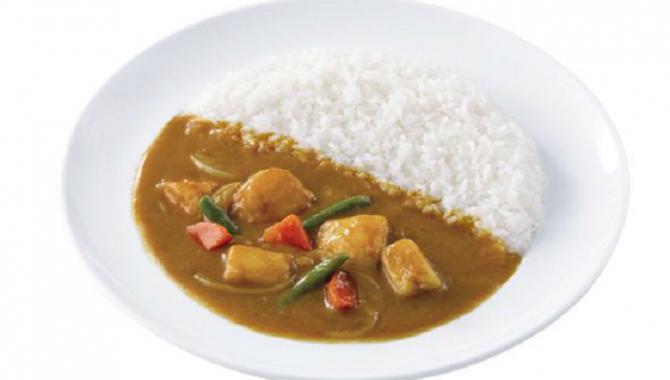 Самая большая сеть японских ресторанов предлагает Вегетарианское Карри