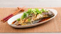 Рыба с имбирем и луком, приготовленная на пару - пошаговый рецепт
