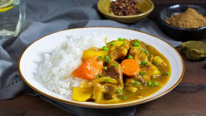 Карри со свининой и рисом - пошаговый рецепт