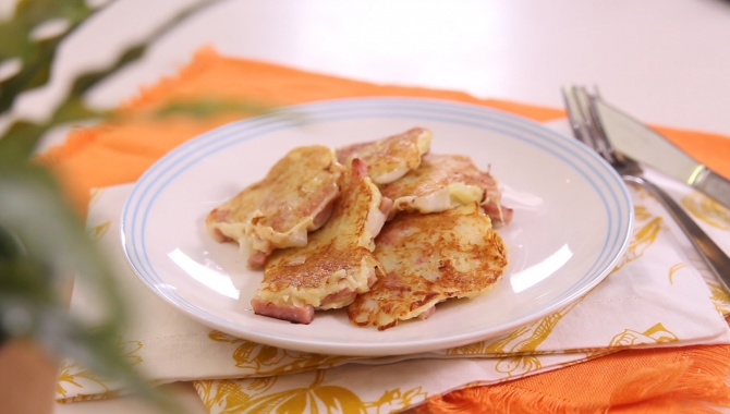 Домашние лепешки из картофеля и лука - Рецепт