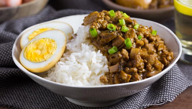 Рис со свиным фаршем и грибами - пошаговый рецепт