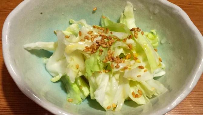 Соленая капуста с кунжутом - Рецепт
