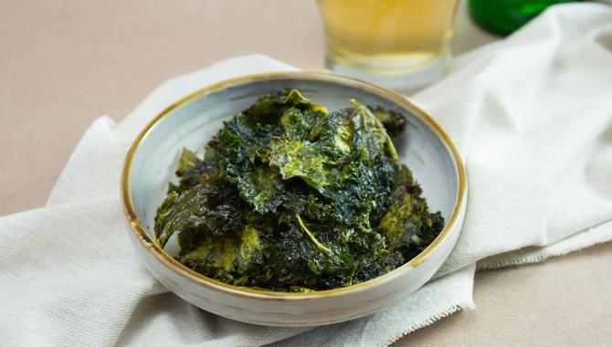 Чипсы из капусты кале - пошаговый рецепт