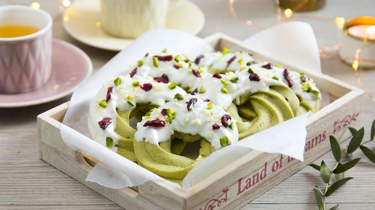Печенье Рождественский венок с зеленым чаем - пошаговый рецепт