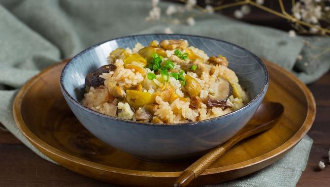 Рис с морскими гребешками, курицей и каштанами - пошаговый рецепт