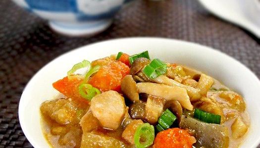 Тушеная курица с овощами - Рецепт