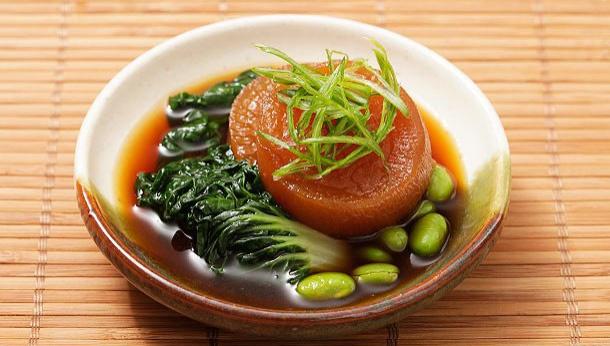 Варёный дайкон с китайской капустой и эдамаме - Рецепт