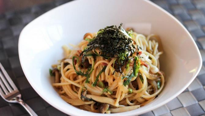 Лапша с грибами симедзи - Рецепт