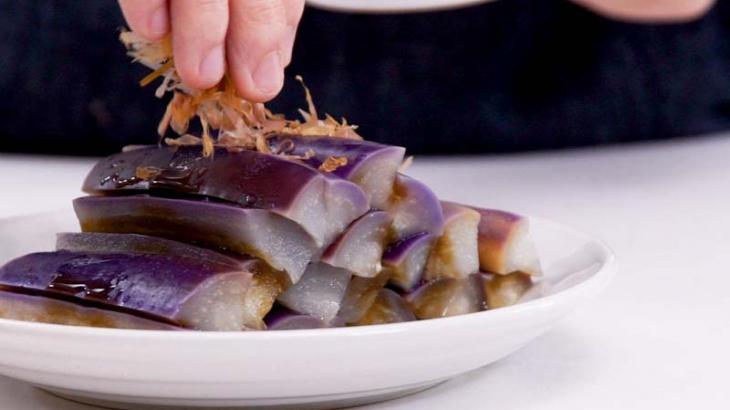 Вареные баклажаны с соусом - пошаговый рецепт