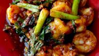 Жареные креветки с чесноком и соусом чили - пошаговый рецепт