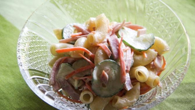 Салат с макаронами - рецепт