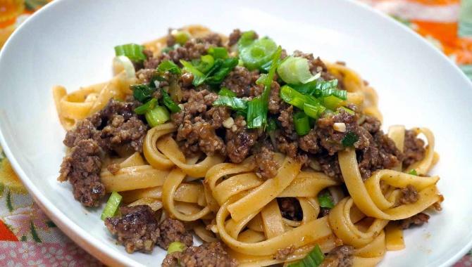Лапша с мясным мисо-соусом - Рецепт