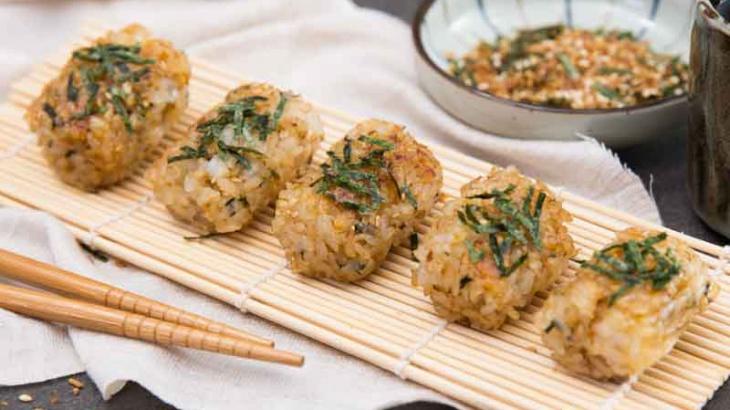 Онигирадзу - пошаговый рецепт