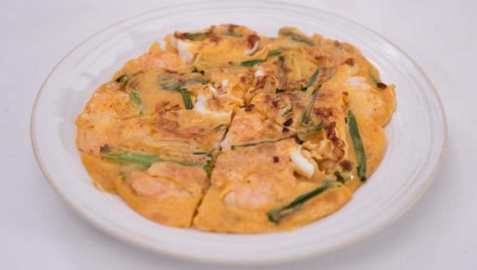 Блины с кимчи и морепродуктами - пошаговый рецепт
