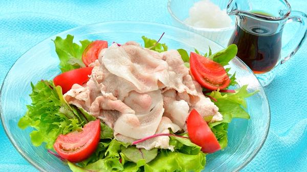 Рэйсябу – салат с кусочками свинины и соусом пондзу - Рецепт