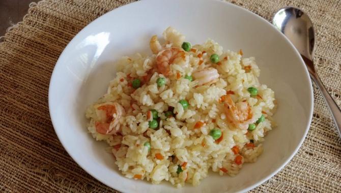 Рис с креветками и овощами - рецепт