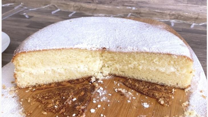 Масляный кекс со сметанной начинкой