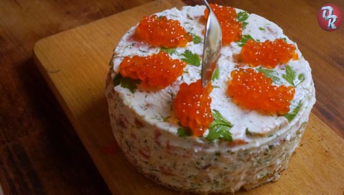 Творожный торт чизкейк без выпечки с семгой - Видео-рецепт