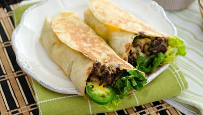 Буррито бульгоги с Кочхучжан Сальсой / Bulgogi Burritos with Gochujang Salsa