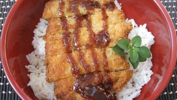 Кацу из курицы с рисом