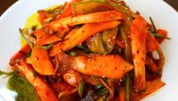 Кисло-сладкие, острые грибы с минари - пошаговый рецепт