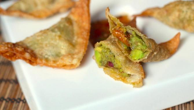 Вонтоны с авокадо - пошаговый рецепт