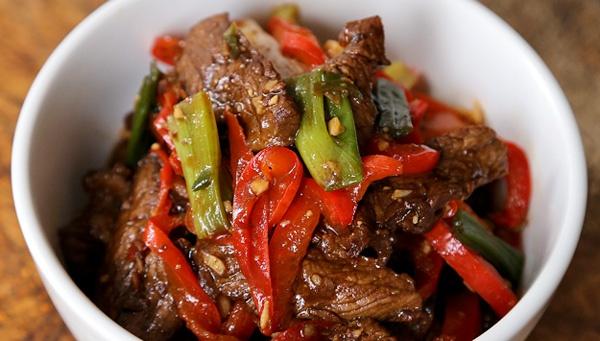 Жареная говядина с острым соусом хойсин - пошаговый рецепт