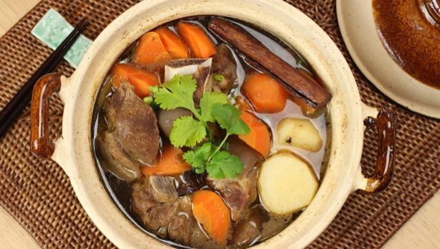 Баранья грудинка, тушеная с морковью - пошаговый рецепт