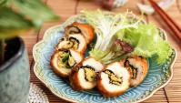 Куриные рулеты с базиликом и крабовой пастой - пошаговый рецепт