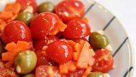 Оливки с помидорами - пошаговый рецепт