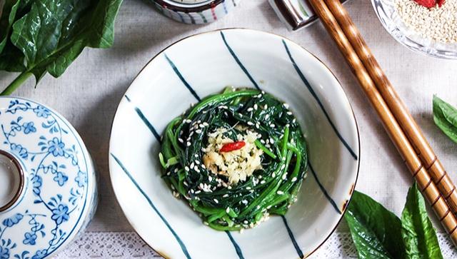 Шпинат с имбирным соусом - пошаговый рецепт