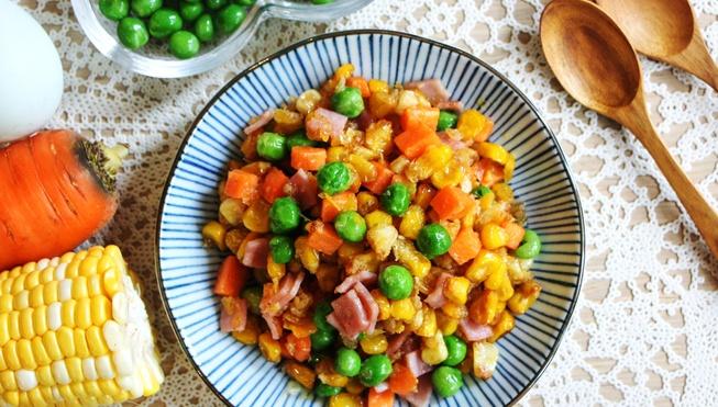 Солёное яйцо с овощами - пошаговый рецепт
