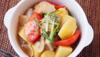 Тушёный картофель со свиными рёбрышками - пошаговый рецепт