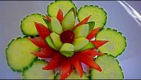 Украшение блюд - цветок из огурца