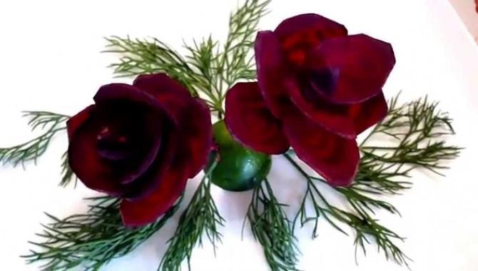Украшение блюд - цветы из свеклы