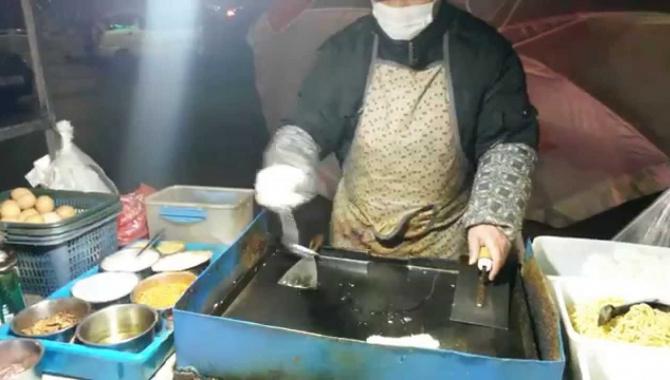 Китайская Шаурма. Как поесть ночью в Китае ?