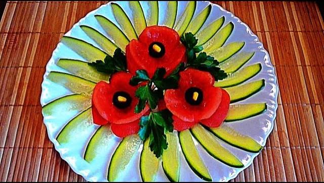 Маки из помидор