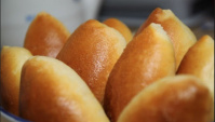 Домашние пирожки с капустой - Видео-рецепт