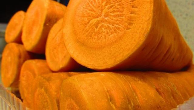 Как хранить свежую морковь в квартире без замораживания