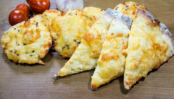 Картофельные слойки с сыром - Видео-рецепт