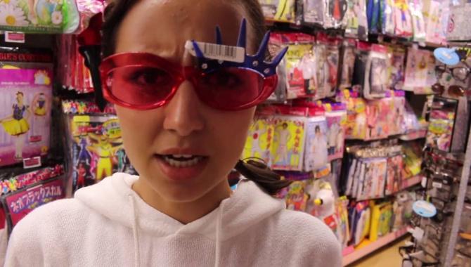 Необычный японский магазин/необычные трусы - носки (Видео)