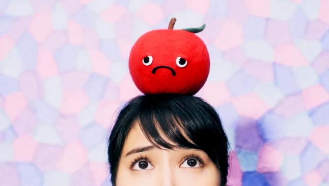 Японская Реклама - Яблочный йогурт от Glico