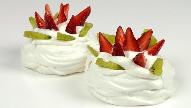 Десерт Павлова мини формат - Видео-рецепт