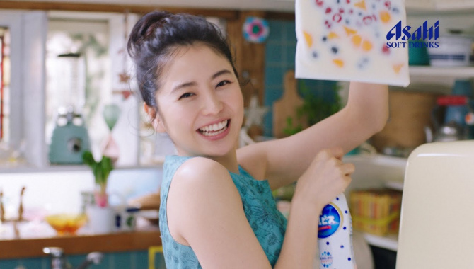 Японская Реклама - Asahi Calpis