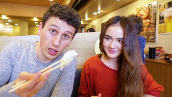 Как правильно есть суши. Обед в нашем любимом суши ресторане (Видео)