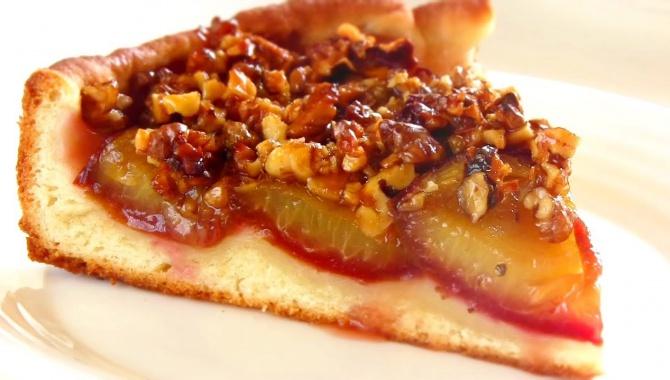Пирог со свежей сливой - Видео-рецепт