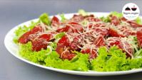 Теплый салат с помидорами - Видео-рецепт